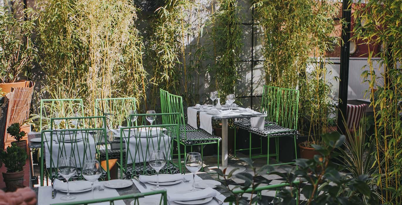 terraza romantica en el callejon de jorge juan en madrid